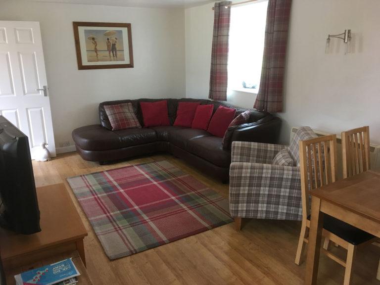 Trevalgan Farm, The Carthouse - Living room