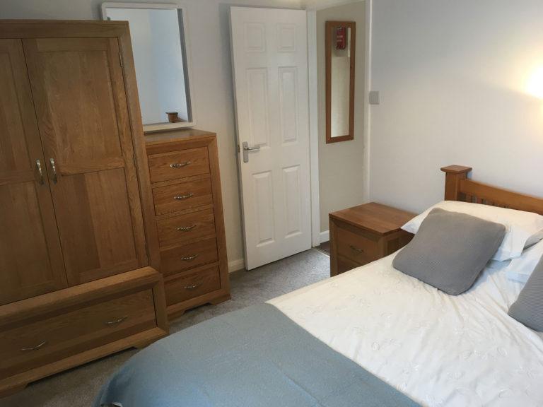 Trevalgan Farm - The Carthouse Bedroom 3