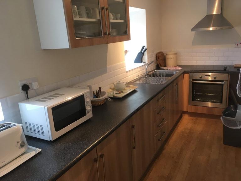 Trevalgan Farm - The Carthouse - Kitchen 2