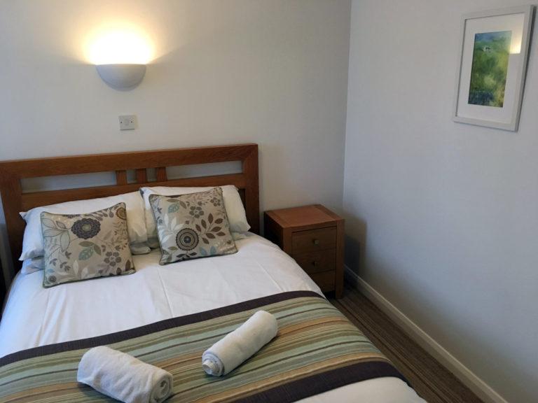 Trevalgan Farm - The Stable - Bedroom 1