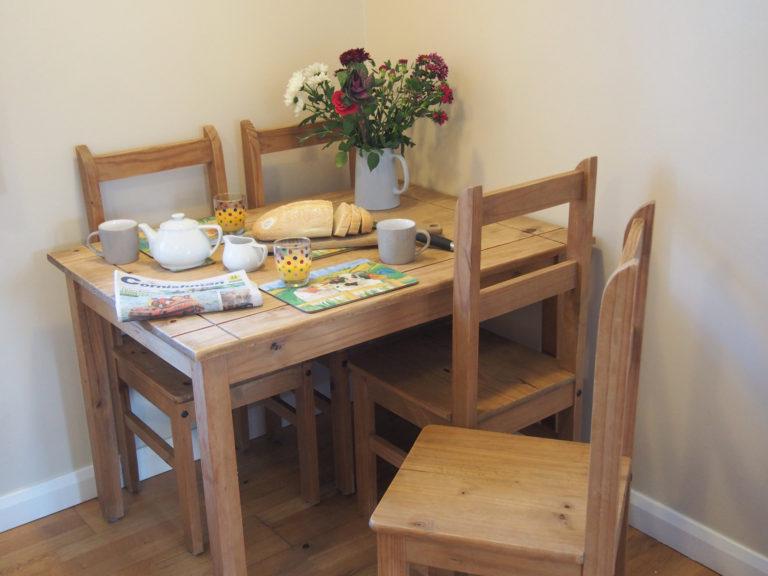 Trevalgan Farm - The Stable - Dining 2